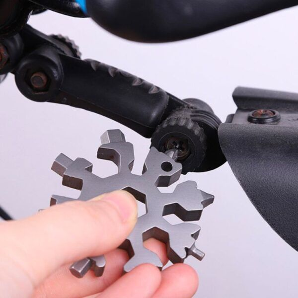18 In 1 snowflake Multi-Tool12.jpg